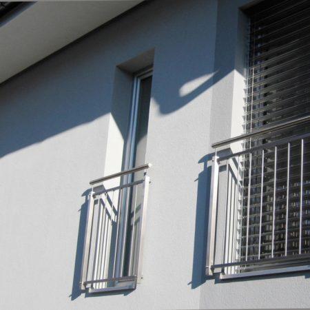 Montage an der Fassade