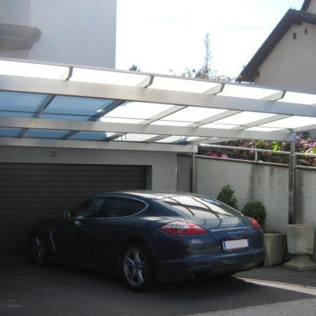 Vordächer mit Spannweiten über 8 Meter