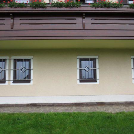 Fenstergitter mit Design