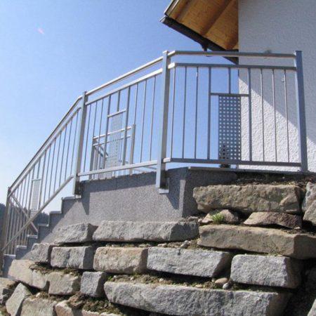 Geländersteher mit LED-Lichtern