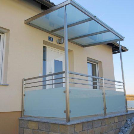 Überdachung & Geländer