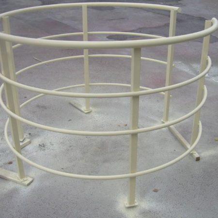 Kreisförmige Schachtgeländer