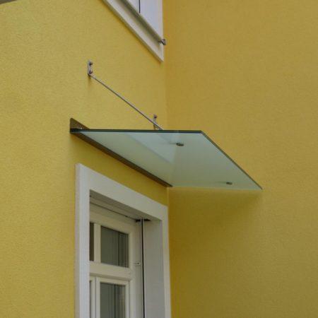 Abgehängte Glasdächer